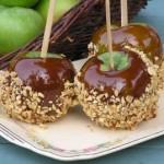 Яблоки в шоколадной карамели